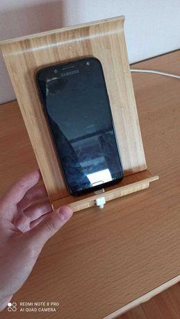 Деревянная подставка под телефон из IKEA