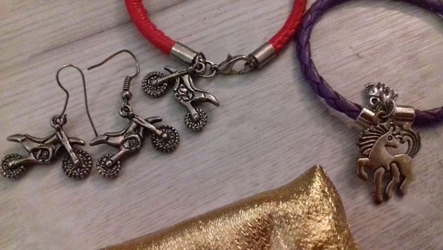 Biżuteria, motocykle cross, konie