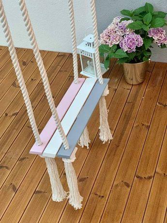 Huśtawka drewniana - chwosty dla dzieci do ogrodu lub pokoju dziecka