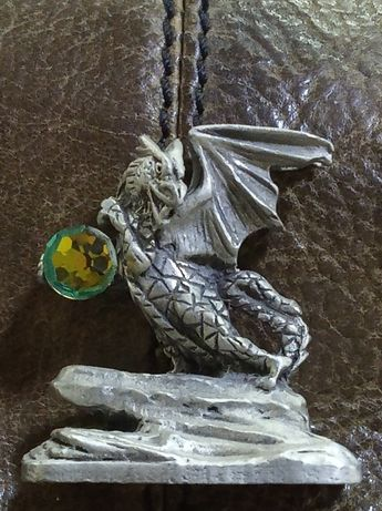 Великобритания оловьянный дракон