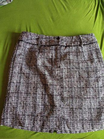 Mieszana biało czarna spódnica, z podszewką