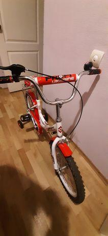 Велосипед детский profi с дополнительными колёсами.  Возраст 4- 10лет.