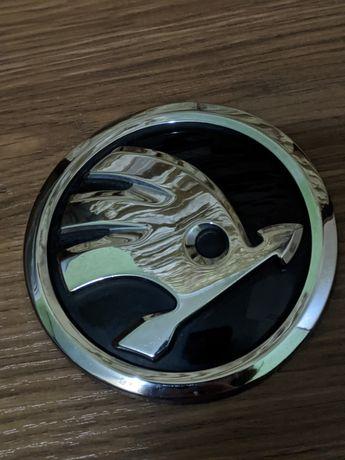 Емблема значок шильдик логотип шкода Skoda, б/у, оригинал