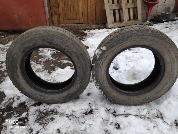 Продам зимнюю резину 2 колеса шины Kumho 195/70 r15C