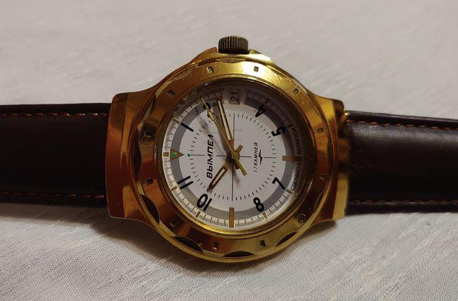 """Часы """"Вымпел"""" в жёлтом корпусе герметичные 1992 год и часы ссср."""