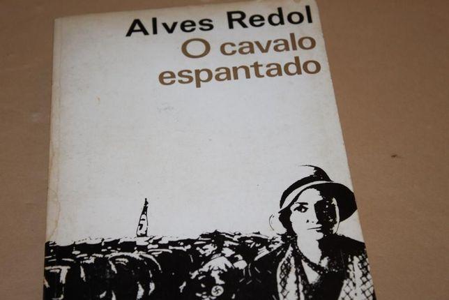 O Cavalo Espantado de Alves Redol