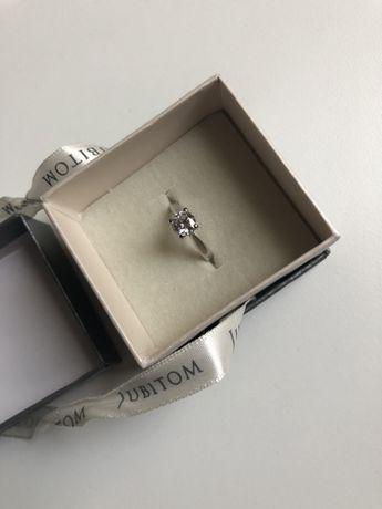 Srebrny pierścionek Jubitom biżuteria zaręczynowy