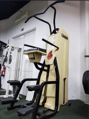 Maquinas de musculação Nautilus Time Machine