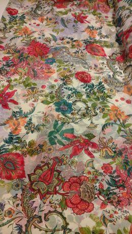 Tkanina kremowa w kolorowe kwiaty
