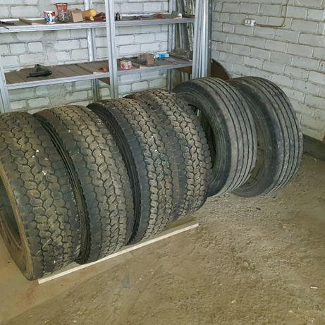 Резину Б\У R19,5 Michelin комплект
