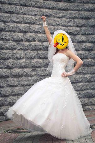 Свадебное платье, комплект цвета айвори