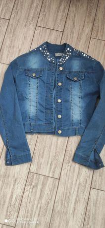 Курточка джинсовая 42 р