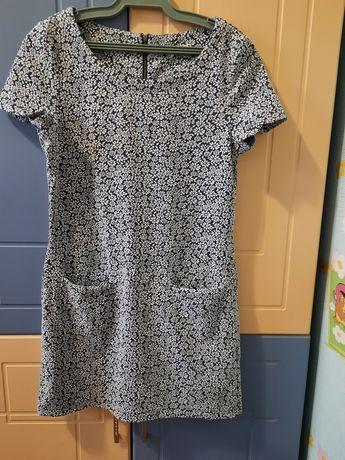 Сукня жіноча розмір s
