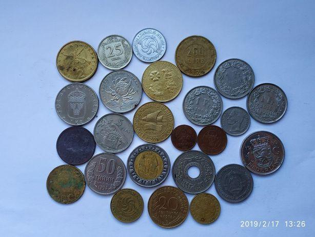 Продам монети різних країн