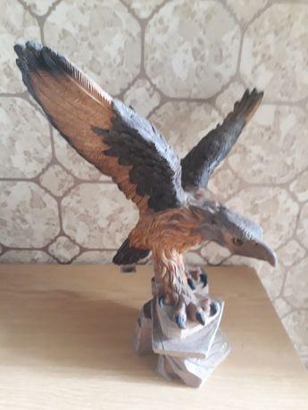 Estatueta em marfinite - Águia