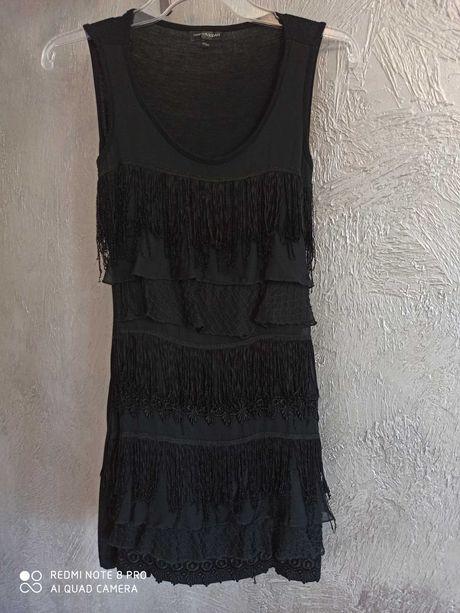 Sukienka mała czarna frędzle 32 34