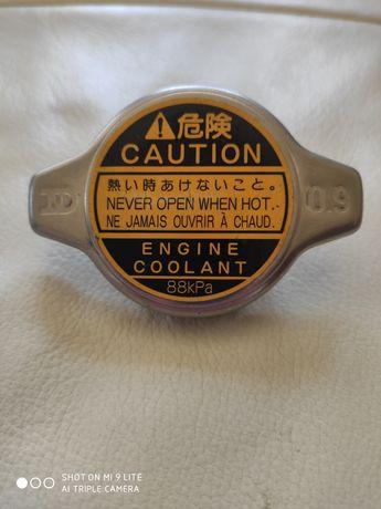 Korek chlodnicy Toyota Oryginalny Nowy 0.9KG/CM2 (88KPA)