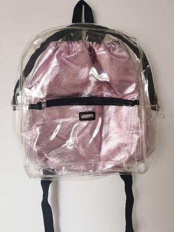 Przezroczysty plecak z metalicznym workiem