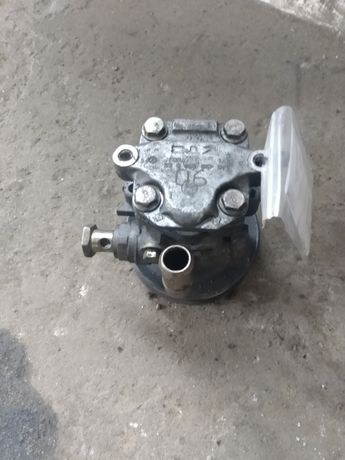 Pompa wspomagania VW Golf 4 1.4 16v