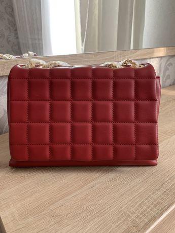 Новая сумка Carpisa