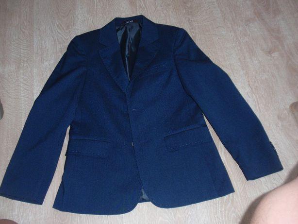 Школьная форма (костюм) на мальчика