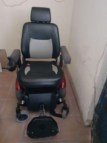 Cadeira de roda eletrica sumi nova