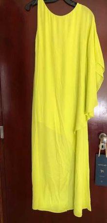 Vestido comprido de cerimónia em seda da marca BCBG Maxazria