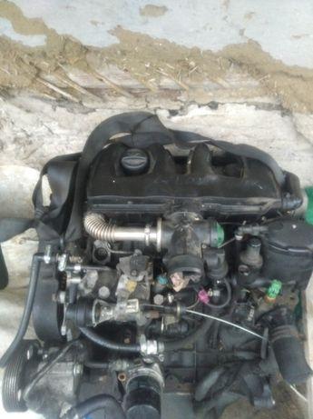 мотор пежо партнер 1.9D пежо експерт 1,9d сітроен берлінго 1,9d DW8