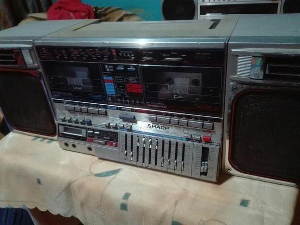 Radio magnetofon Sharp gf 800