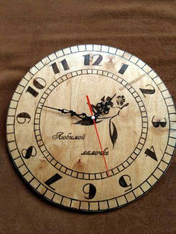 Продам христианские деревянные часы подарок сувенир