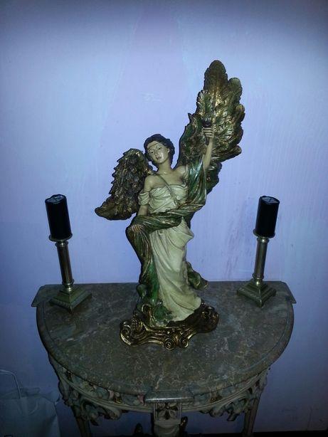 Juliarte estatua
