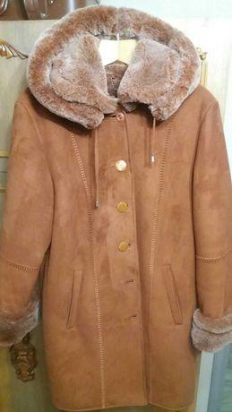Шуба коричневая с красивыми отво р52-54