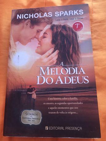 """Livro """"A melodia do adeus"""""""