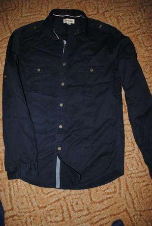 Продам рубашу размер M