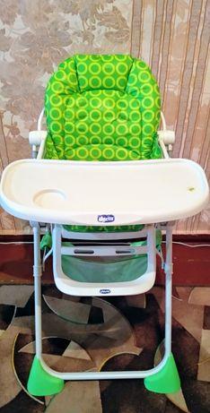 Детский стульчик для кормления фирмы chicco