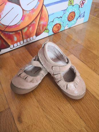 Sapato Vertbaudet, tamanho 21.