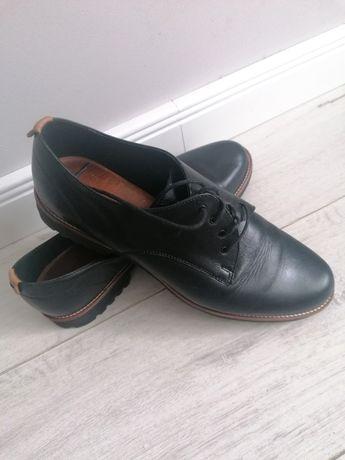 Buty skórzane Lasocki duże  41
