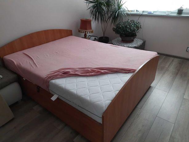 Tanio sprzedam podwójne łóżko