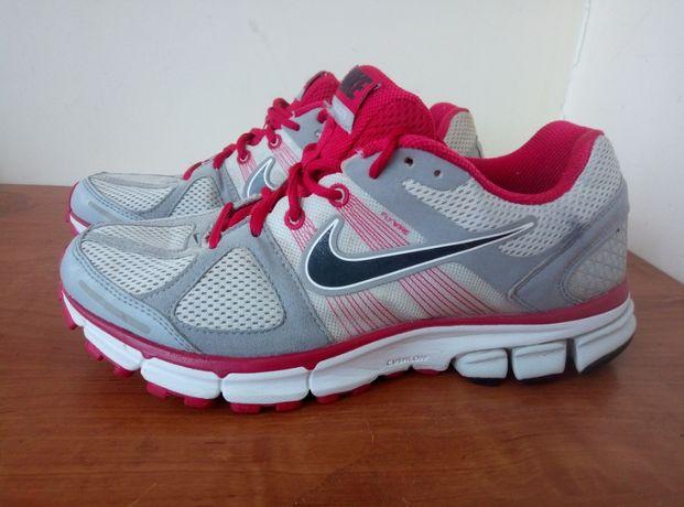 Продам ПОЧТИ НОВЫЕ кроссовки Nike Pegasus28 40,5 размер