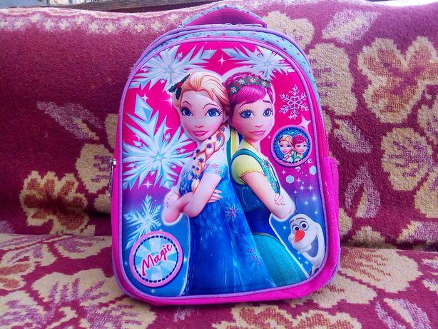 Новий шкільний рюкзак
