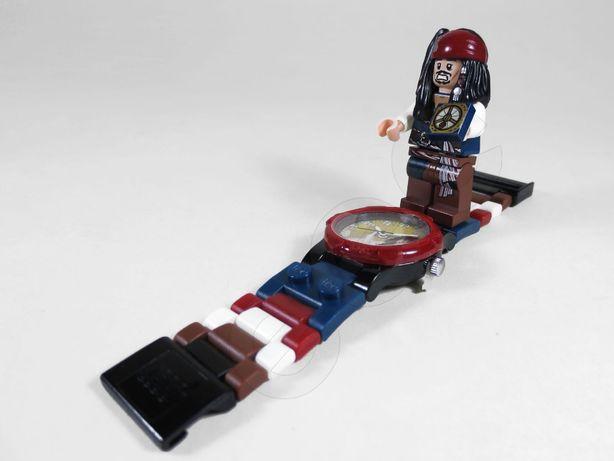 Часы конструктор Лего Пираты Карибского моря Джек Ворбей Lego
