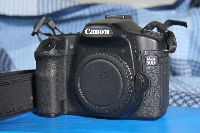 Продам цифровой зеркальный фотоаппарат Canon 50D, Canon 28-135, 430EX