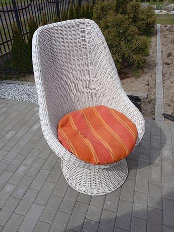 Fotel wiklinowy na ogród lub taras