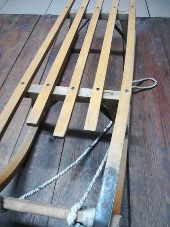 Drewniane sanki dla dzieci