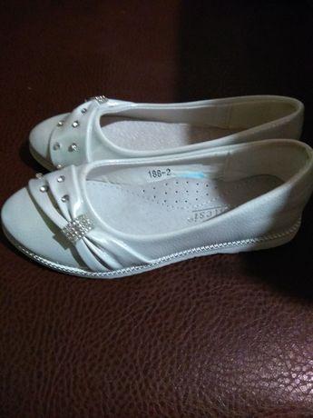 Новые! Туфельки-балетки-мокасины! Нарядные босоножки