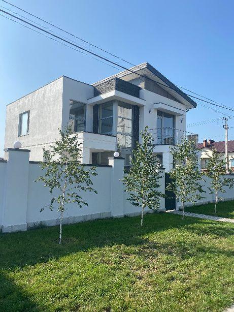 230 кв.м. дом в стиле хайтек под чистовую отделку в Петроп борщагов