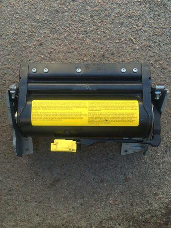 3B0 880 204 C Airbag подушка безопасности