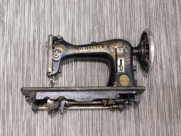 Stara niesprawna maszyna do szycia Gritzner