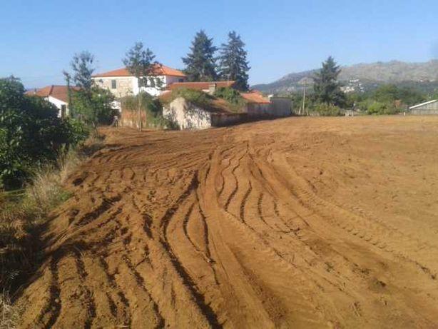Terreno em Gondarém 1800 m2