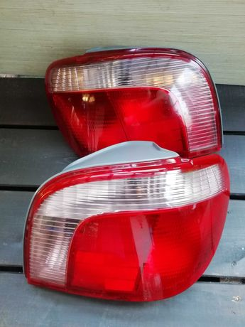 Toyota Yaris lampa tylna